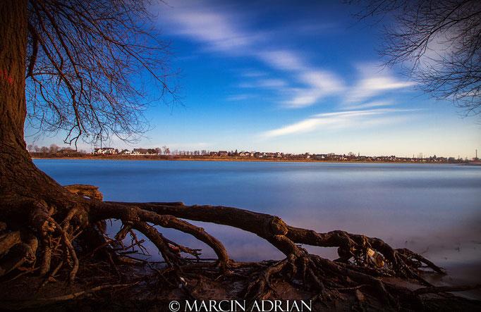 ©, Marcin Adrian, Rheinufer, Wesseling