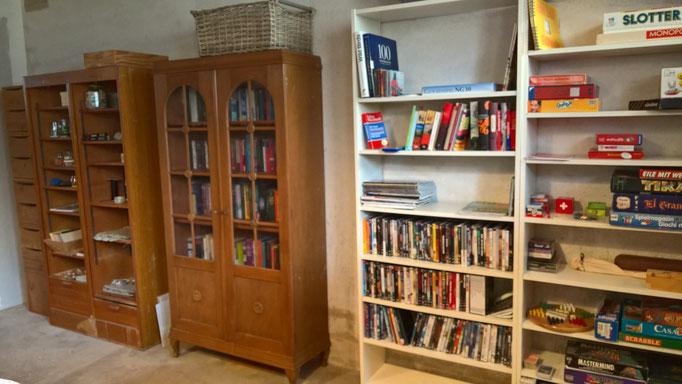 Spiele, Bücher und DVD stehen nun ebenfalls im Atelier allen zur Verfügung