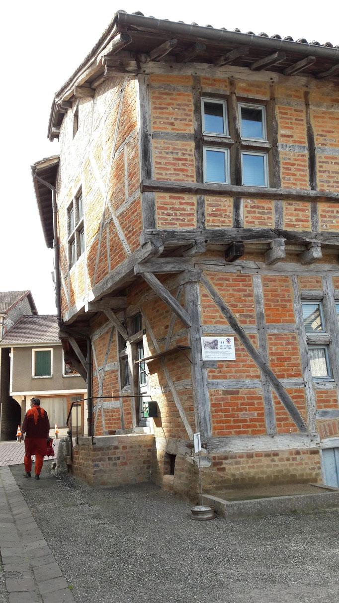 Schöne Riegelbauten in Romenay