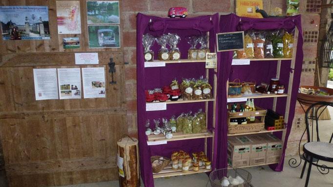 Maison Libellule hat nun einen Shop! Teigwaren, Sugo, Konfi, Honig, Eier, Tee, Wein, Kaffee, Bisquits, Sirup und mehr...