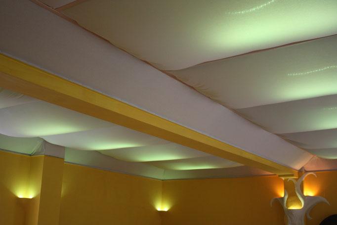 Deckenbeleuchtung mit Farbwahl