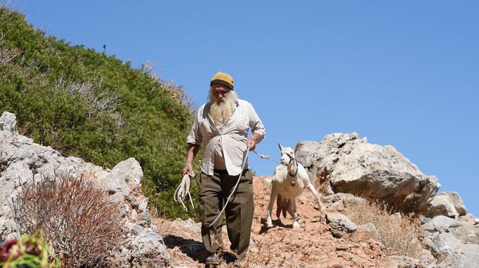 Vasili and his pet goat Elpida go on an excusion to rescue a robot donkey.
