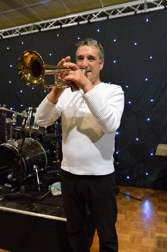 Philippe - Trompette et Guitare