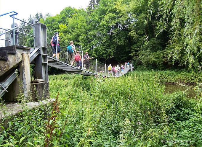 Hängesbrücke bei Flögert