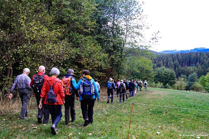 """Wanderfreunde bei der """"Wandern wo die Nasen wohnen"""" Wanderung"""