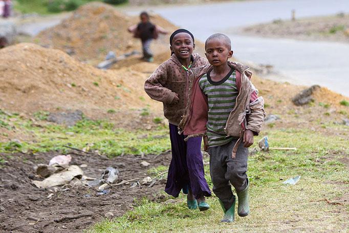 Enfants d'un petit village