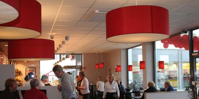 Lampenschirme aus Stoff für Cafeteria