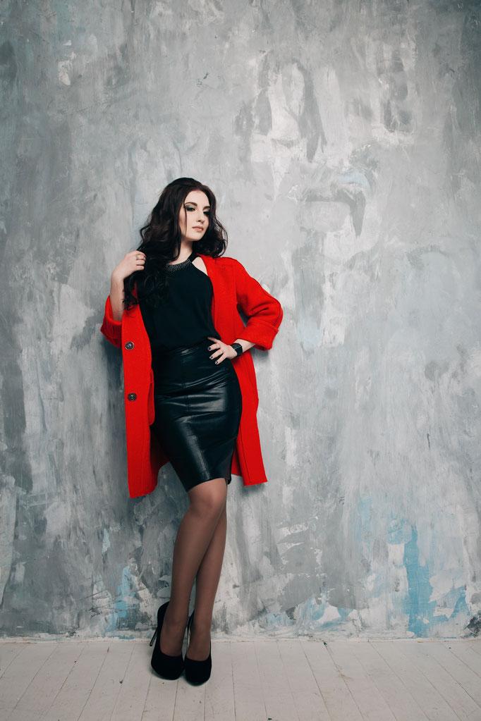 Look 7. Пальто красное б/п.  (размеры 42-54 )  Коллекция весна 2017