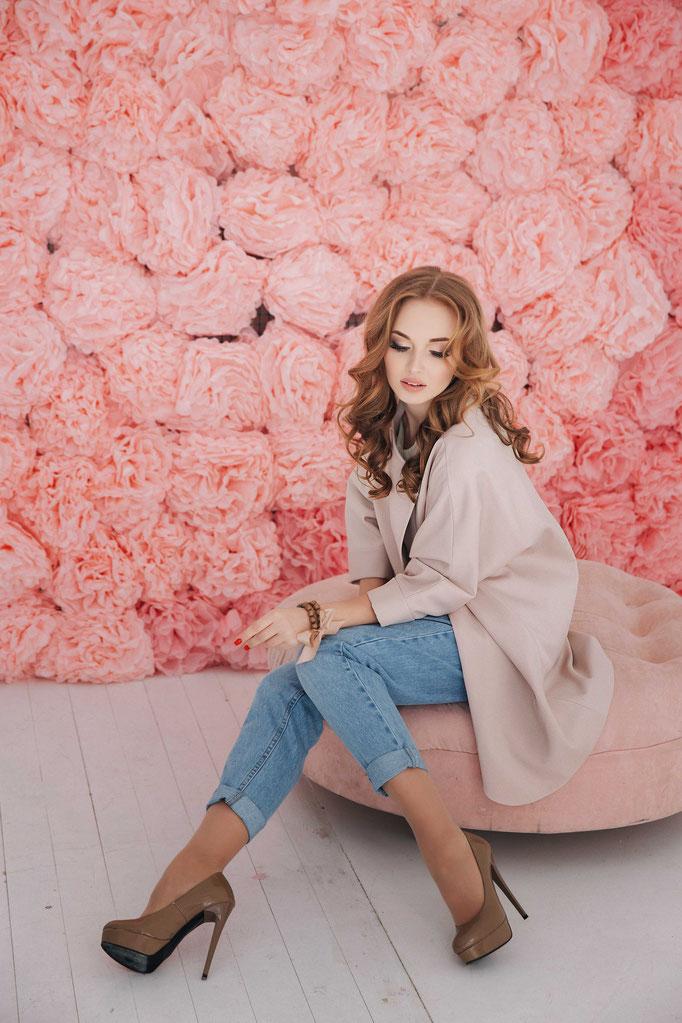 Look 20. Плащ женский  цвет пудра.  (размеры 42-52 )Коллекция весна 2017