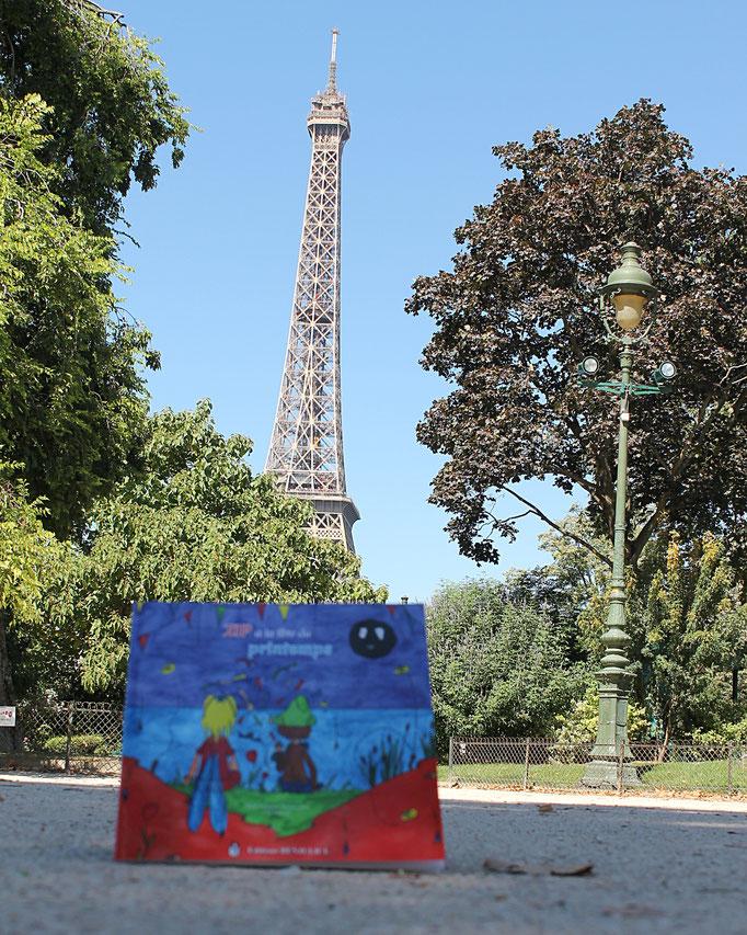 Zip à la fête du printemps tome 3 de la trilogie jeunesse illustrée par Cloé Perrotin écrite par Marie-Françoise Bongiovanni parue chez Benjulice Editions