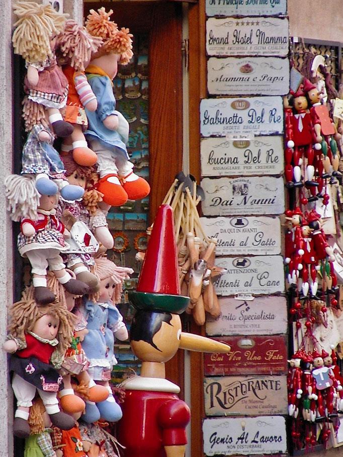 Pinocchio, toys, Pienza, Val d'Orcia, Siena, Italy, Toscana, Tuscany