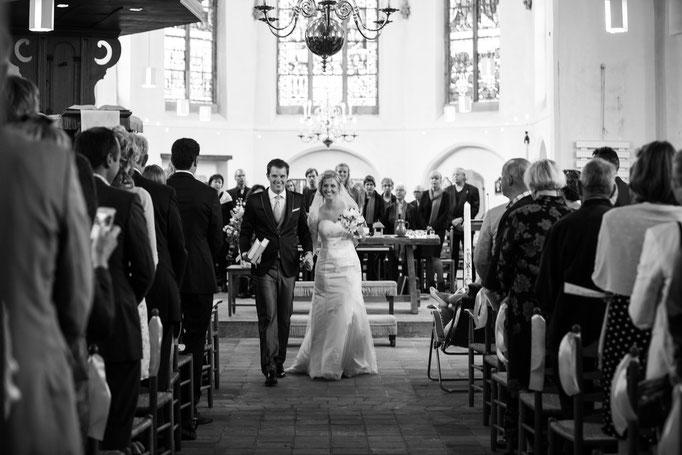 Fotograaf, loveshoot, prewedding, fotoshoot-samen, Loveshoot, Prewedding, Romantische, duoshoot, liefde, bos, Romantische fotoshoot met je geliefde
