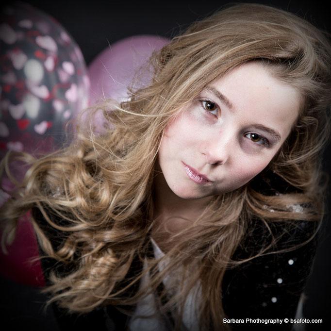 13 jaar, tiener fotoshoot, Model in één dag | Tiener fotoshoot, Tiener en kinder fotoshoot op een unieke en stijlvolle manier, Visagie met Fotoshoot | Visagie Foto Fees