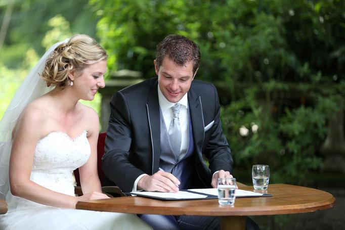 Als bruidsfotograaf vertel ik jullie unieke verhaal, Creatieve journalistieke bruidsfotografie, romantisch, editorial, licht, tijdloos, Wedding, Photography, Bruidsfotograaf, bruidsfotografie, wedding photographer,