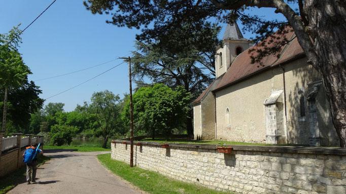 La marche - Arrivée au bord de la Loire pour déjeuner
