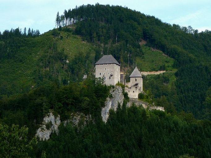 Burg Gallenstein vom Ortskern in St. Gallen