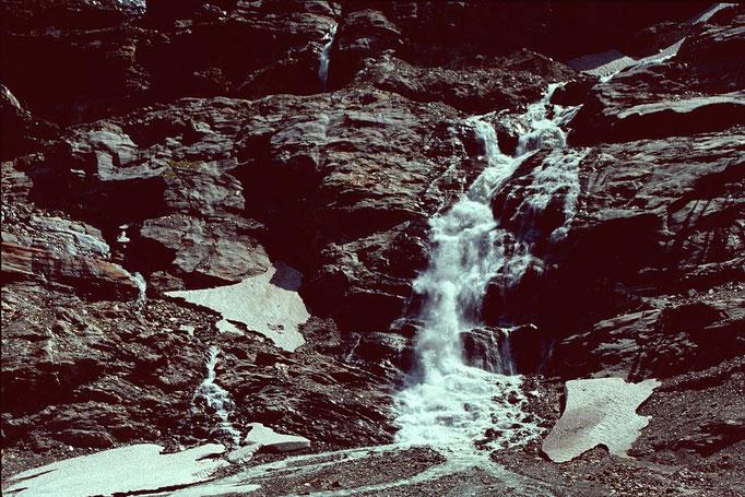 Noch einmal der wilde Abfluss des Karlingerkeeses vom Steig zum Kapruner Törl