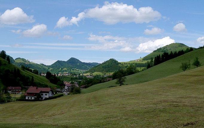 Nach dem Abstieg vom Rotstein: Der Lumplgraben in östlicher Richtung