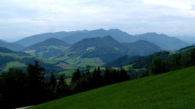 Blick zum Almkogelgebiet
