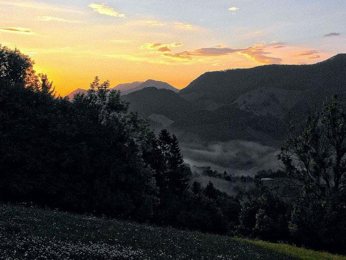 Kurz vor Sonnenaufgang 6:00 Uhr morgens im August