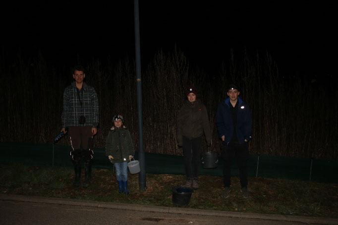 Mit Taschenlampen ausgerüstet waren wir unterwegs (Foto: B. Budig)