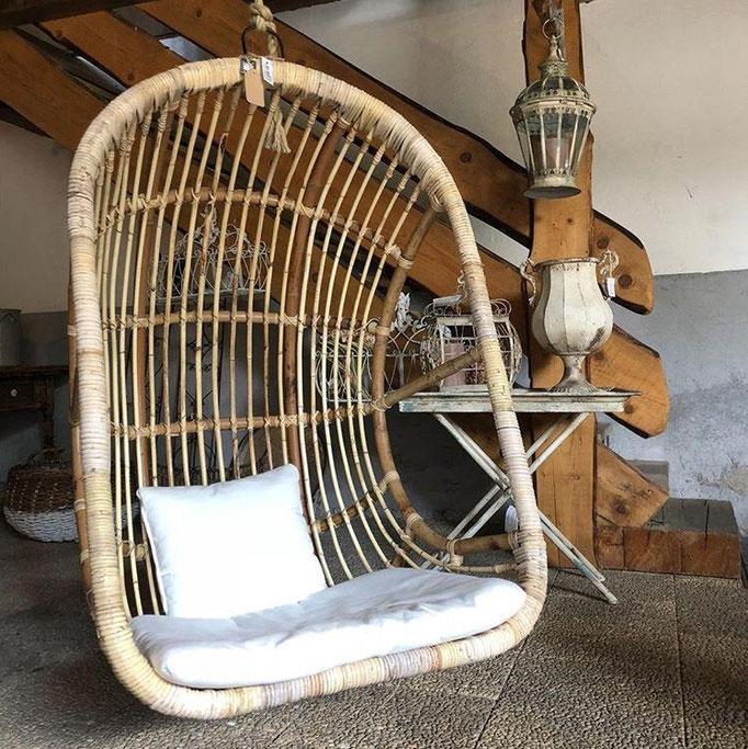 Outdoormöbel, Rattan, Sessel in unserer Scheune