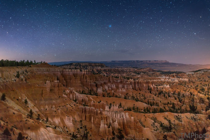 Bryce Canyon by night