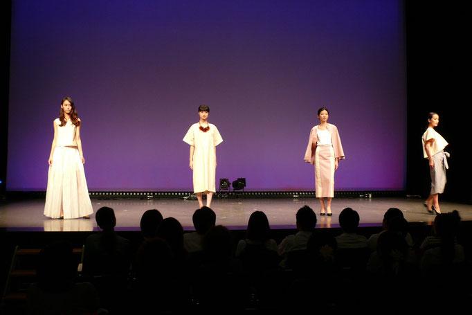 おおさかエコと和LOVEフェスタ ヨシ染布のファッションショー企画