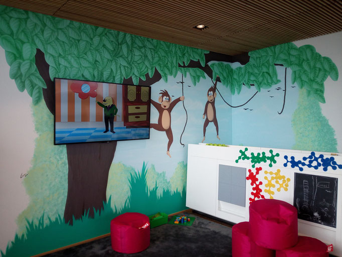 Wandgestaltung Kinderecke im Autohaus - Airbrush