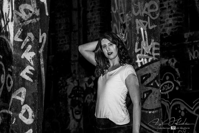 Model Lea-Marie - Lost Place Holi Shooting
