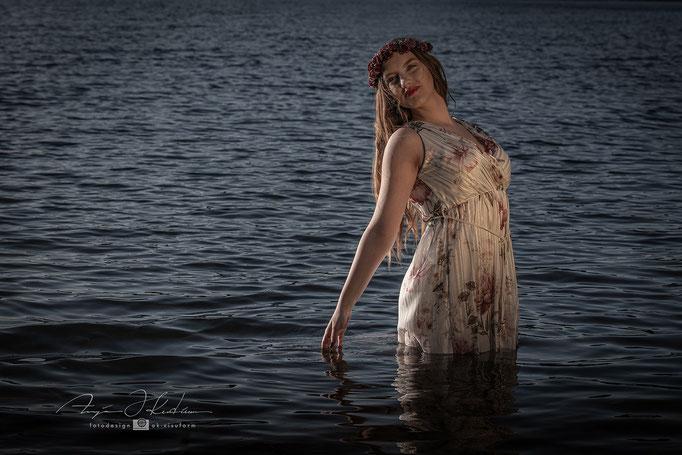 Model Linda - See Shooting