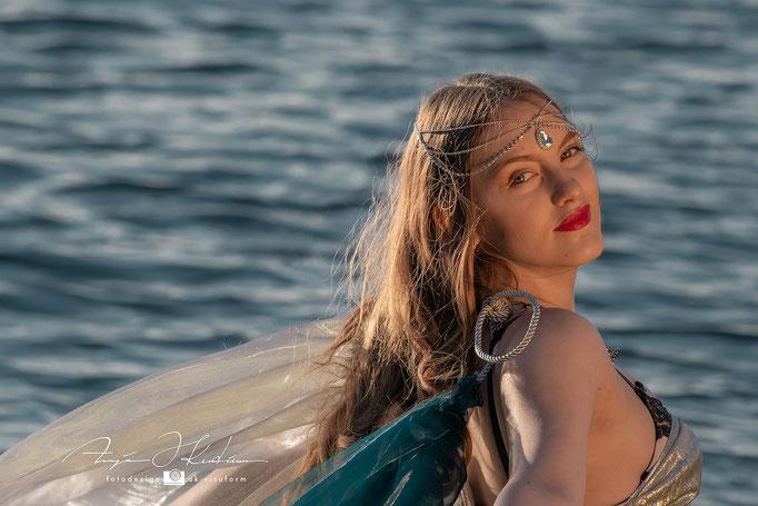 Model Linda - See Shooting Meerjungfrau