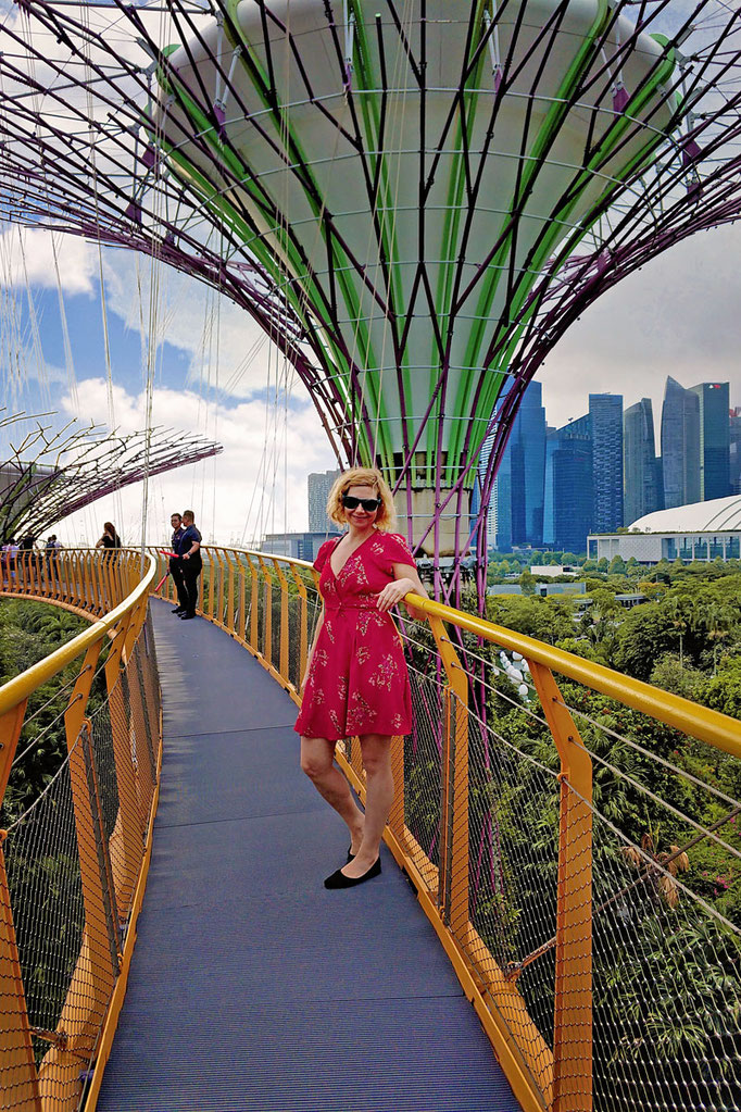 OCBC Bridge | Gardens by the Bay - Best Things to do and Places to see in Singapore's Wonder Park