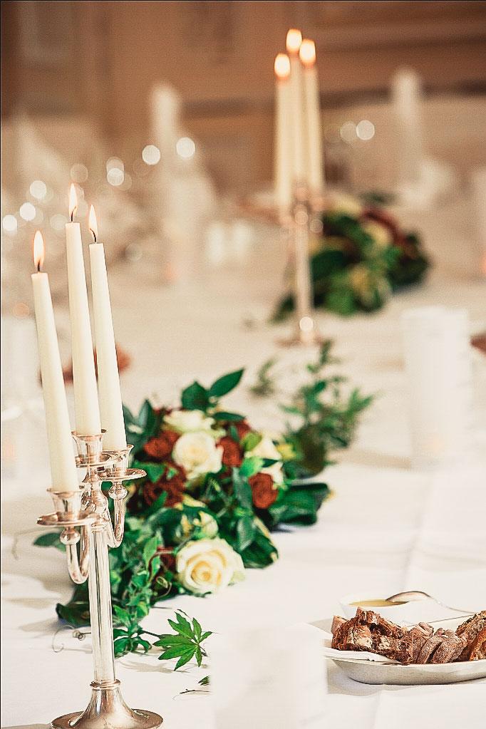 Hochzeitstafel-im-Weißen-Salon