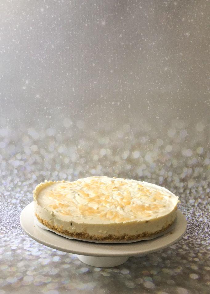 Tropische cheesecake met passievrucht, limoen en lemon curd