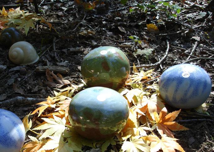 boules colorer pour égayer le jardin