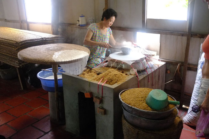 Making of rice paper