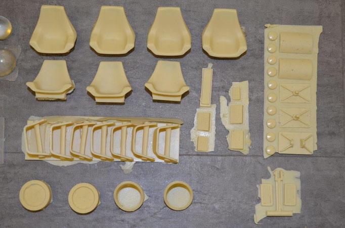 Die Teile der Sessel und einige Exterieur Teile