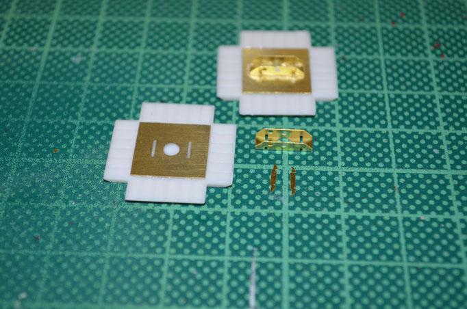 Die Photoetch-Parts für die Landeplatten