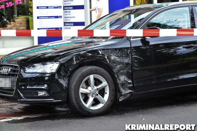 Der Audi wurde bei dem Zusammenstoß beschädigt.|Foto: Dennis Brätsch