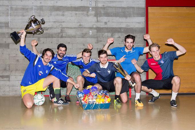 """1. Rang Fussballer: Team """"WG zum Glück"""""""
