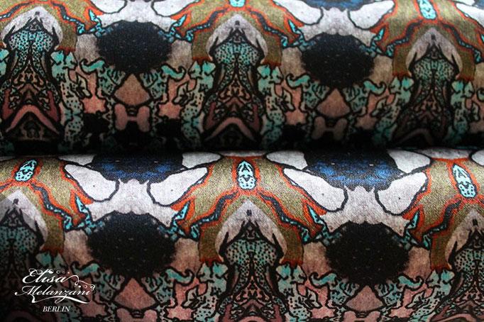 Design -dreamy bumblebee- Kollektion: TREASURY sapphirine - Seidenstoff  © ELISA MELANZANI BERLIN
