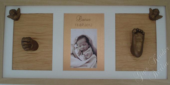 3er Bilderrahmen mit Hand- und Fußabdruck Baby in Bronze mit Bild und handgeschriebenen Namen und Datum