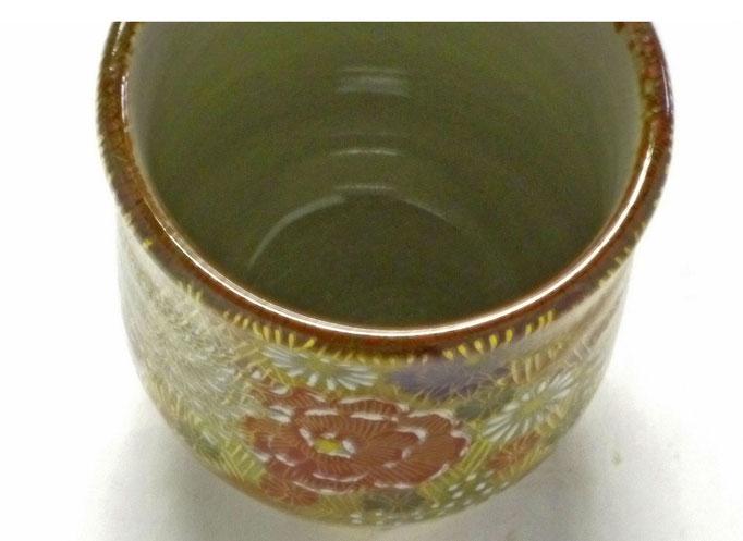 九谷焼【三つ足湯呑】加賀のお殿様・お姫様気分(金花詰)