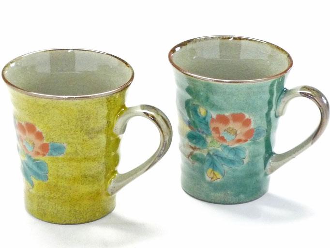 九谷焼通販 おしゃれ ギフト マグカップ マグ ペア セット 椿に鳥 黄塗り&緑塗り 裏絵 背中の図