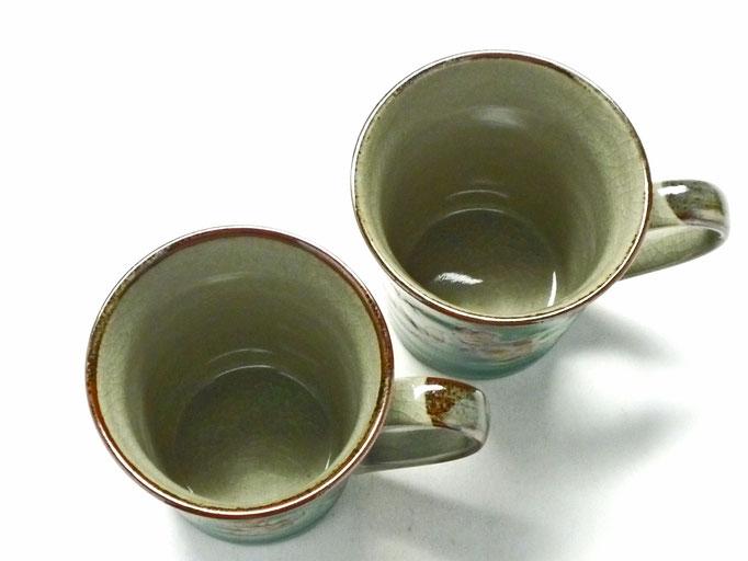九谷焼通販 おしゃれ ギフト マグカップ マグ ペア 夫婦 しだれ桜緑塗り&ソメイヨシノ緑塗り 裏絵 上からの図