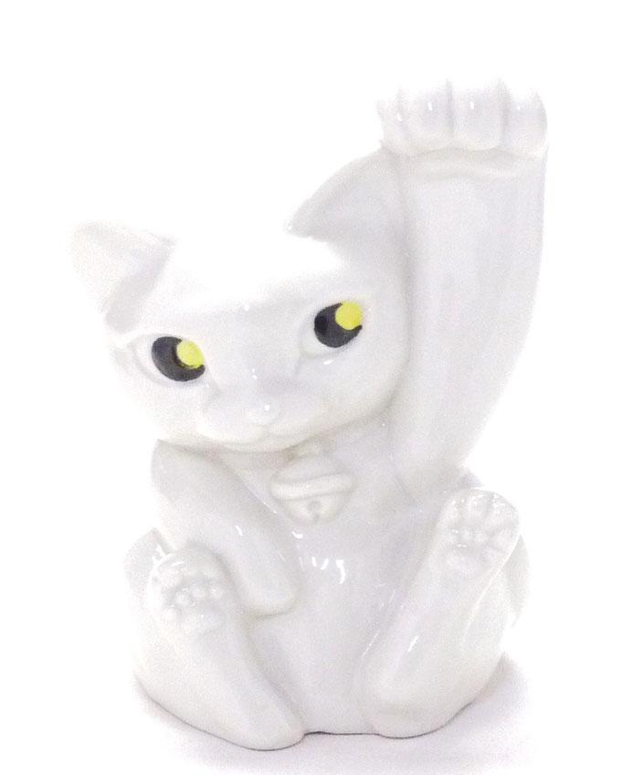九谷焼 招き猫 ホワイト 4号(千客万来) 裏書