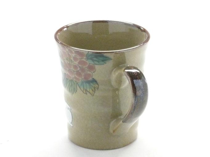 九谷焼通販 おしゃれなマグカップ マグ 白兎 色絵牡丹 持ち手の図