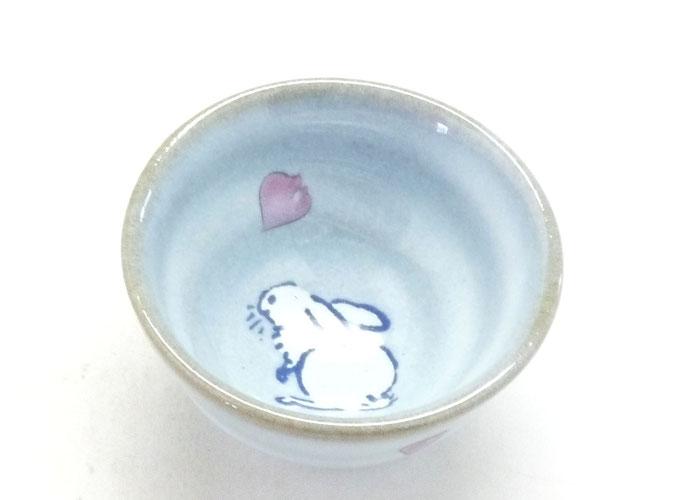 九谷焼通販 おしゃれな盃 ぐい呑み 白兎ソメイヨシノ 上からの図