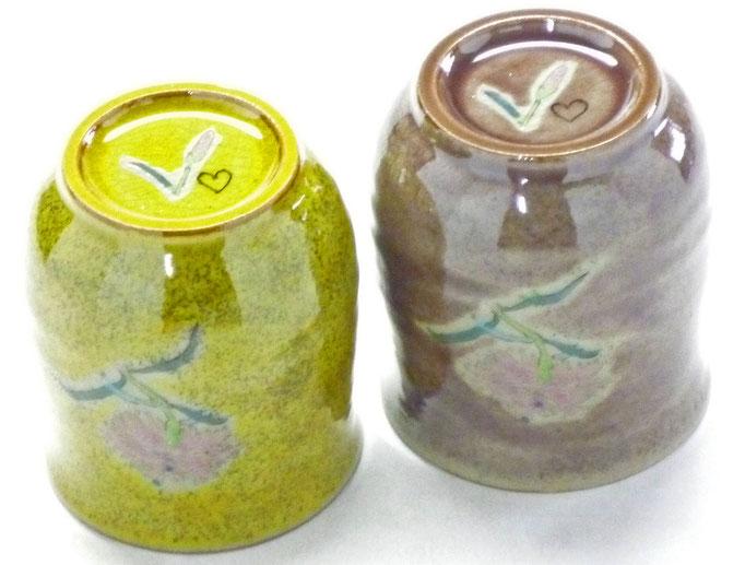 九谷焼通販 おしゃれ お湯呑 湯飲み ゆのみ茶わん ペア湯呑 夫婦湯呑 なでしこ黄塗り&紫塗り『裏絵』